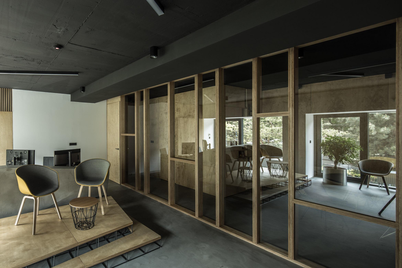 filip kandravy framehouse